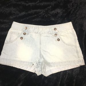 FOREVER 2.1 DENIM SHORTS SZ. 29